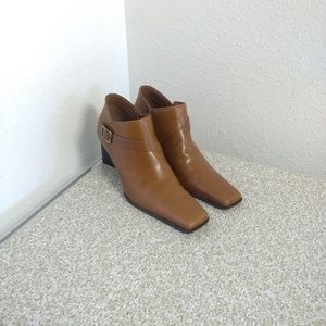 Enzo Angiolini Brown Leather Ankle Booties